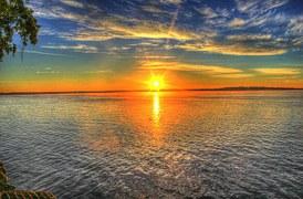 sunrise-182302__180[1]