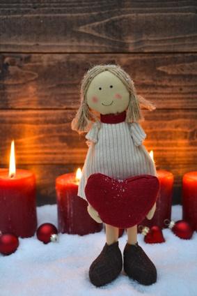 Weihnachtskarte - Fest der Liebe - Grukarte - Puppe mit Herz